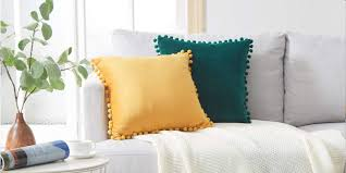 8 Methods To Make Your Pillows Easier